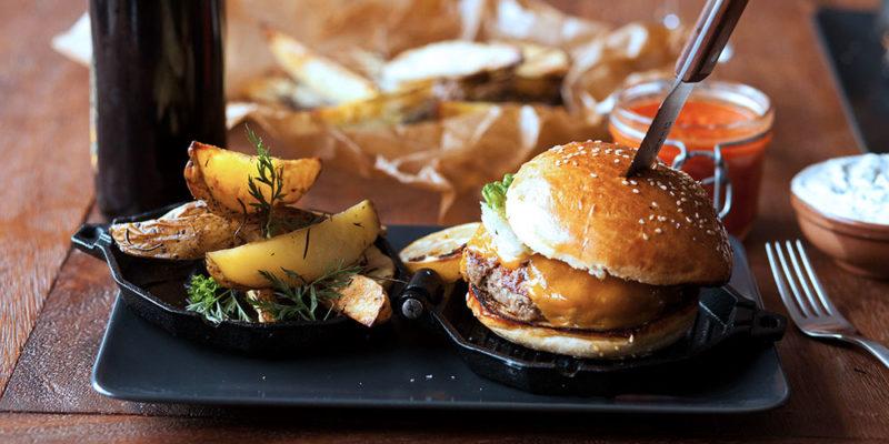 Das perfekte Burger Patty grillen. Mit diesem Rezept gelingt es dir am besten!
